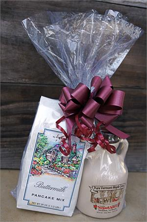 VT Gift Basket - Vermont Sugar and Spice Maple Syrup - Pancakes and Syrup