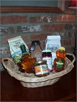 VT Gift Basket - Vermont Sugar and Spice Maple Syrup - Breakfast