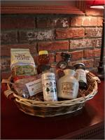 VT Gift Basket - Vermont Sugar and Spice Maple Syrup - Taste of VT